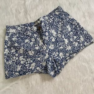 Gap Sunkissed Floral Chambray Shorts